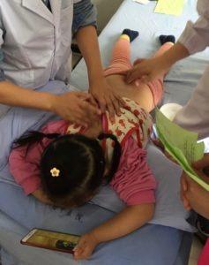 Kinder Tuina chinesische Medizin
